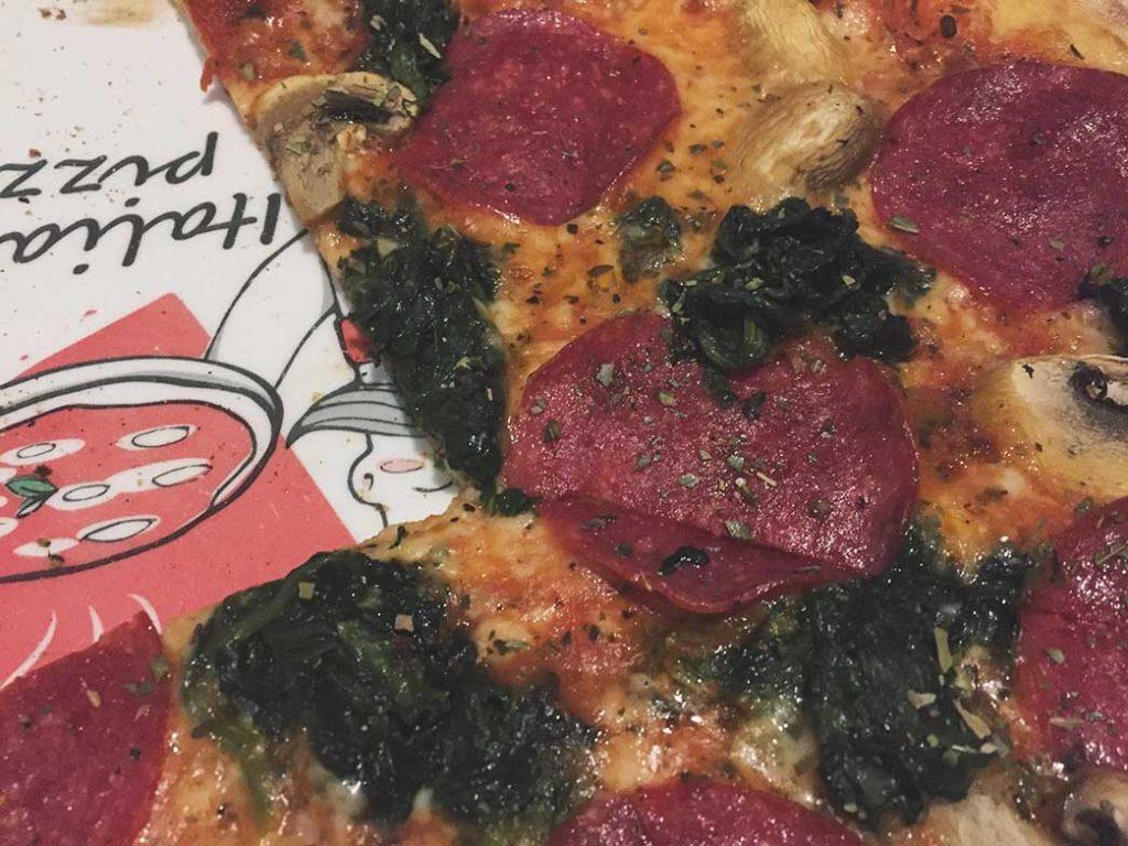 Pizza salame w Zabrzu