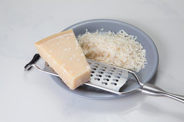Tarty parmezan to najpopularniejsza forma korzystania z tego popularnego włoskiego sera