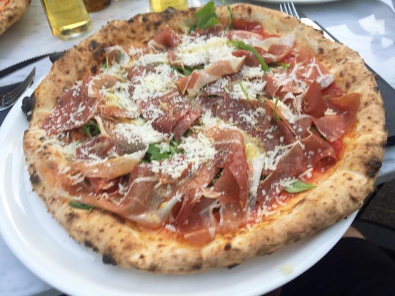Pizza Italia w pizzerii Furore Gliwice